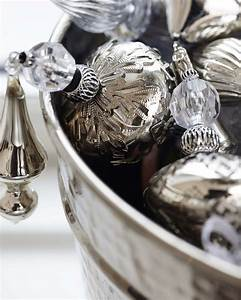 Noel Noir Et Blanc : une d co de no l en noir et blanc shake my blog ~ Melissatoandfro.com Idées de Décoration