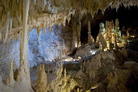 Grotte Di Castellana Prezzi Ingresso by Grotte Di Frasassi Quando E Come Visitarle Orari Costi