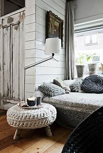 Bett Mit Kissen Dekorieren : dekoration aus wolle schaffen sie w rme zu hause durch wolle ~ Bigdaddyawards.com Haus und Dekorationen