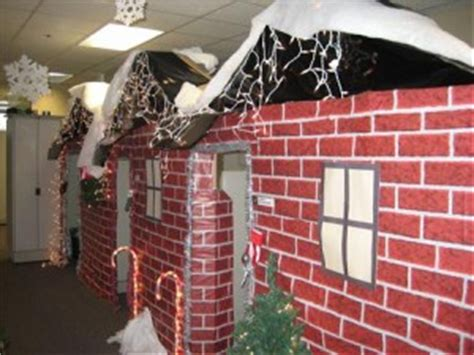 the 10 craziest holiday office decorations