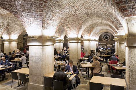 cuisine insolite restaurant insolite londres dans la crypte d 39 une église