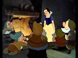 Blanche Neige Disney Youtube : un jour mon prince viendra blanche neige et les sept nains youtube ~ Medecine-chirurgie-esthetiques.com Avis de Voitures