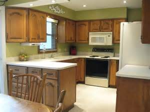 10 x 10 kitchen ideas kitchen kitchen design idea with u shaped distressed kitchen cabinet designed with white top
