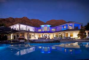 Vegas incredible luxury mansion with infinity pool for Las vegas mansion wedding venues