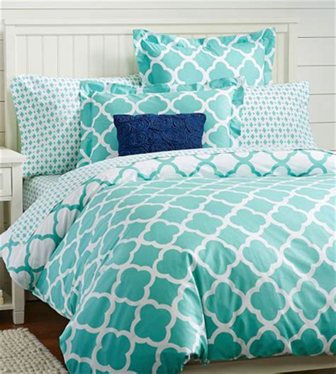 Turquoise And White Duvet Cover by Lucky Clover Reversible Duvet Cover Everything Turquoise