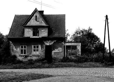 La Casa Infestata by Le Sette Pi 249 Infestate Mondo