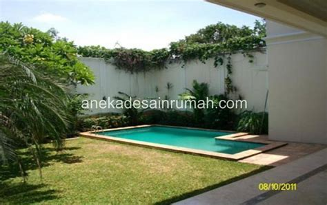 foto kolam renang rumahan desain minimalis keperluan
