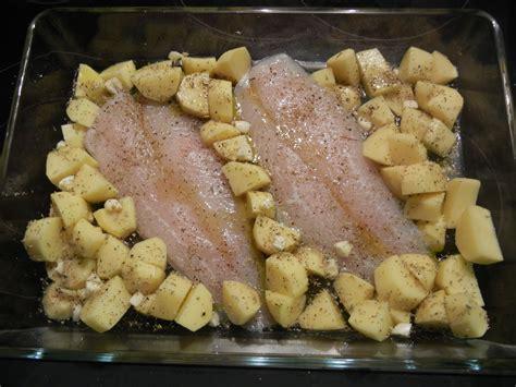 cuisiner le maigre au four poisson au four à l huile et origan ψάρι στο φούρνο