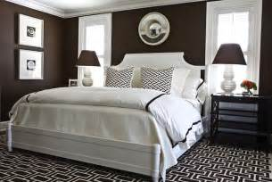 Brown White Bedroom Ideas by Chocolate Brown Walls Design Ideas