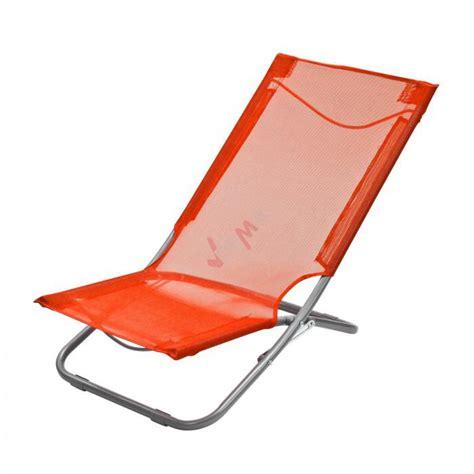 chaise pliante plage chaise pliante plage piscine de couleur orange plein