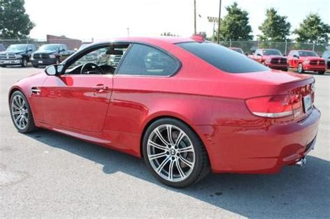 buy   bmw  base  coupe red  door coupe    cyl  speed manual  mi