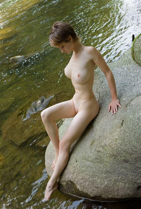 Silke Testing The Water Porn Photo Eporner