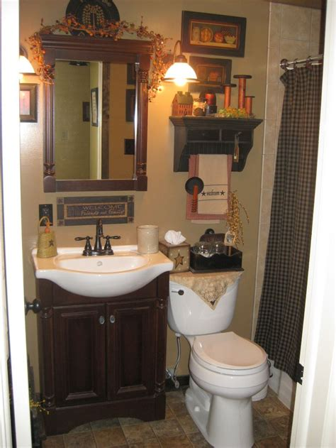 Primitive Decorated Bathroom Pictures by 25 Best Ideas About Primitive Bathroom Decor On