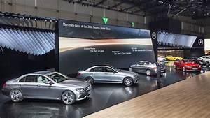 Mercedes Paris 16 : mercedes topples bmw with record 211 286 sales last month ~ Gottalentnigeria.com Avis de Voitures