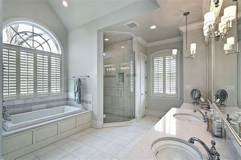 White Spa Bathroom Ideas by 34 Large Luxury Master Bathrooms That Cost A Fortune