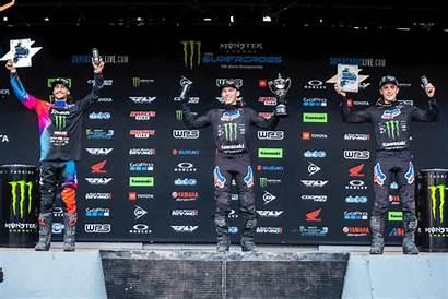 Monster Energy Circuit Supercross Race Round Kawasaki
