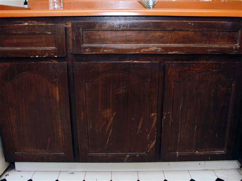 how to fix up kitchen cabinets updating kitchen cabinets pictures ideas tips from 8661