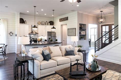 farmhouse style on a budget amazing farmhouse furniture 60 amazing farmhouse style living room design ideas 31