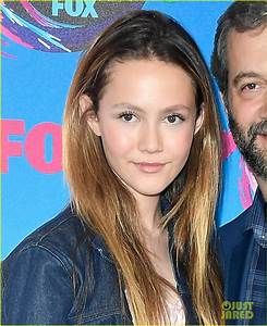 Judd Apatow's Daughter Iris Looks All Grown Up at Teen ...