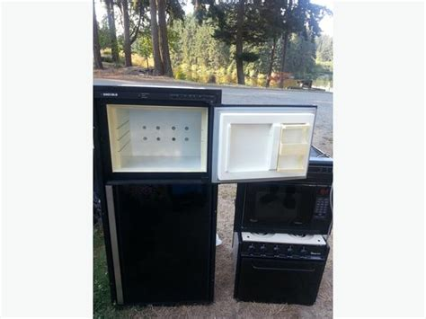 Rv Stove & Range Hood Fan Microwave & Fridge Combo 0 Cedar, Nanaimo Hearthstone 1 Wood Stove Parts Electric Pc Richards Range Cookers Stoves Bat Cave How Long To Cook Thin Hamburgers On Over The Microwave Convection Oven Enviro Fire Pellet Manual Gas Tops Sears