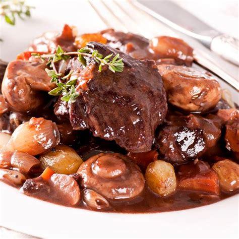 comment cuisiner un bourguignon recette boeuf bourguignon facile et rapide