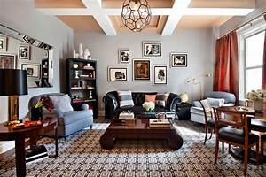 Fabulous black leather sofa decorating ideas for Decorate living room black leather furniture