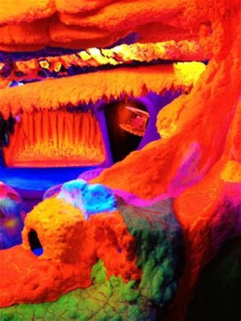 electric ladyland   museum  fluorescent art