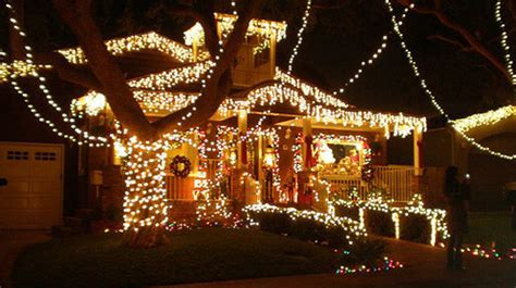 13 best places to see christmas lights in los angeles