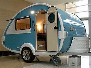 Small travel trailer houses interior design giesendesign for Tiny camping trailers