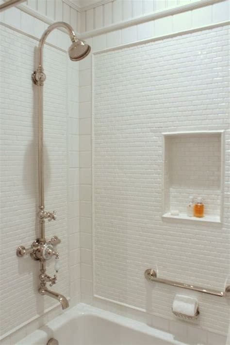 how much should i expect to pay for tub tile installation