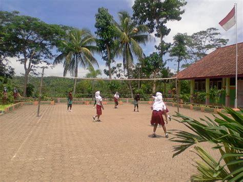 sekolah dasar negeri walahir foto latihan volly anak sdn