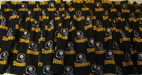 Pittsburgh Steelers Valance Curtain Black Background