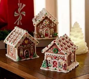 Valerie Par Hill Christmas Decor