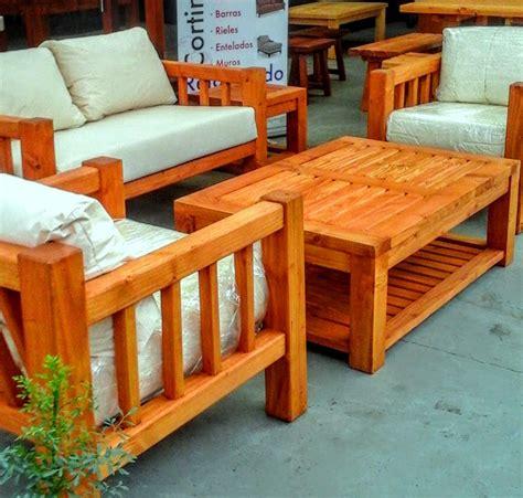 vendo sofa terraza living de terraza con mesa de centro y mesas laterales