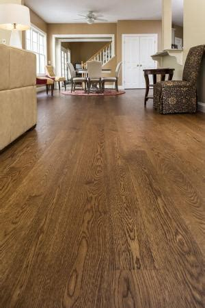 Wide plank quarter sawn white oak floor, with a 2 pass