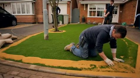 installing lawn are you ready for a do it yourself project artificial turf express