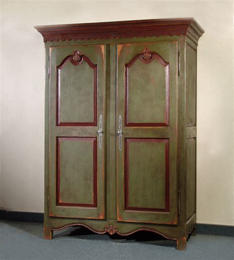 armoire pour chambre beautiful armoir en pin massif peint pour chambre bebe