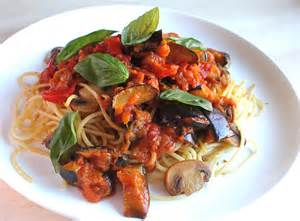 Vegetable Pasta with Tomato Sauce