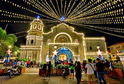 Simbang gabi is a filipino christmas tradition. 'Simbang Gabi unaffected by martial law in Mindanao ...