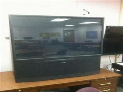Mitsubishi Projection Tv L by Mitsubishi Government Auctions