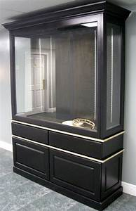 Custom Display Cabinets for the home and office