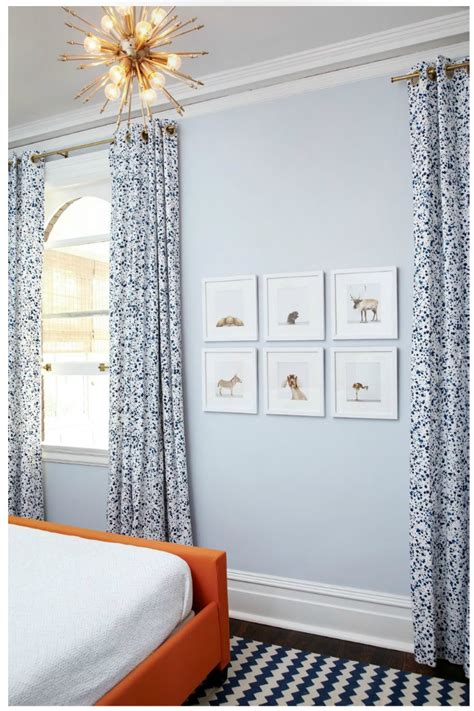 what color curtains look with light blue walls