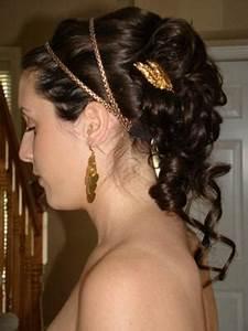 greek-goddess-updo-hair-style-21131152 | The Ladies of 2.318