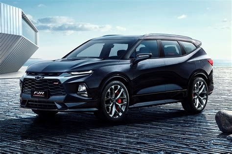 Chevy Blazer Prototype by Chevrolet Fnr Carryall Concept Gives The Blazer A Third