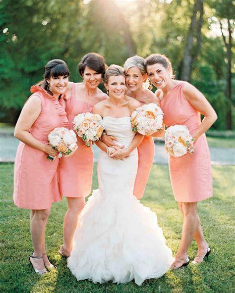 9 Bridesmaid Dos And Donts Martha Stewart Weddings