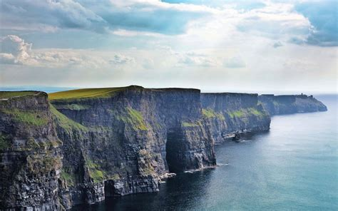 10 Things To See And Do In Ireland Guesttoguest Travel
