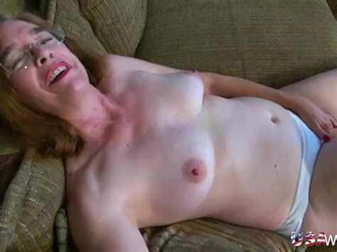 Usawives Hairy Granny Pusssy Fucked With Sex Toy Free Porn Videos Youporn