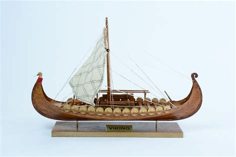 Viking Boats Ebay by Viking Clinker Built 16 Quot Handcrafted Wooden Boat Model Ebay