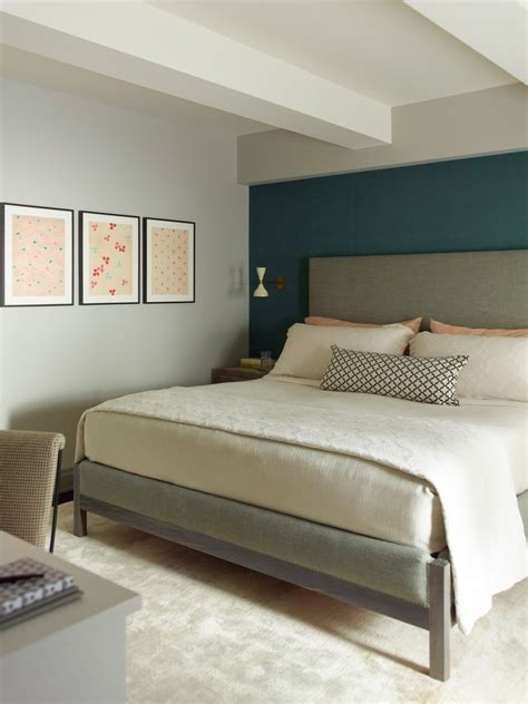 bedroom wall colors traditional  beige carpet curtain