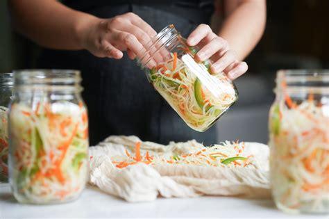Atchara Recipe (Easy Filipino Pickled Papaya) - Hungry Huy